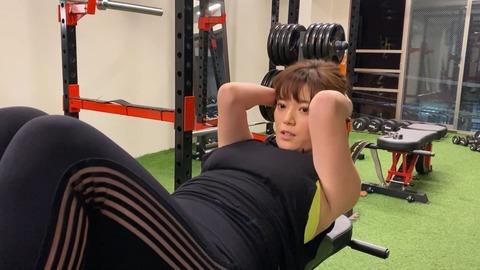 三谷紬ちゃんとかいう爆.乳女子アナのダイエット動画wwwwwwww
