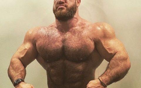 男の人の筋肉がヱロすぎて発狂しそうなんだが…