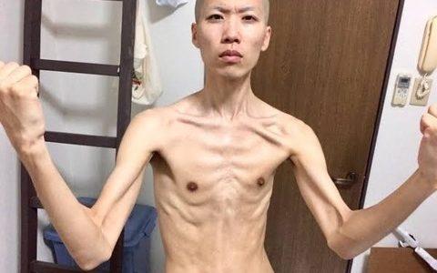 ガリガリ男の体型キモすぎワロタωωωωωωωωωωωωωωωωωω