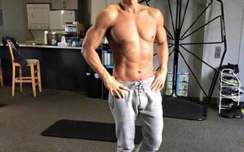 【画像】ドニー・イェン(57歳)の肉体がすごい