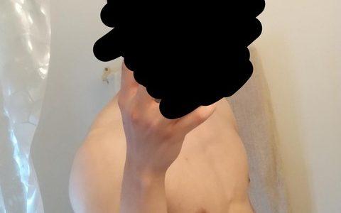 【悲報】ワイ筋トレ一年目の身体、何かがおかしい
