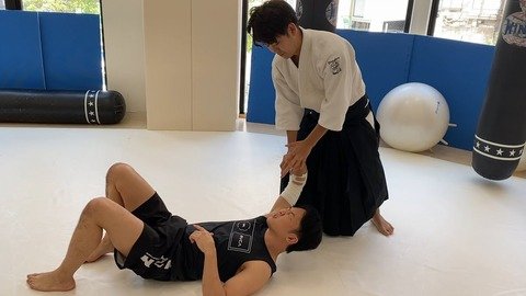 【悲報】塩田剛三の孫の合気道、格闘家に効かない