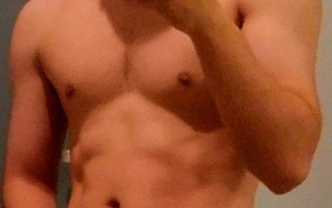 筋トレ3ヶ月目の俺の身体見てwwwwwww