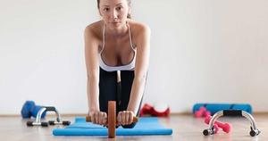 腹筋ローラーあるある  全然効いてる感じがしないのに翌日筋肉痛