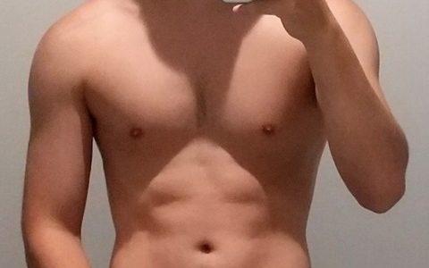 筋トレ3ヶ月目の俺の身体wwwwwwwwwww