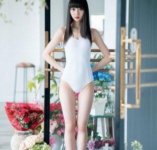 「鬼可愛い」#荻野由佳(21)、小顔&美脚の抜群スタイル披露!「12頭身くらいになってない!?」絶賛の声殺到