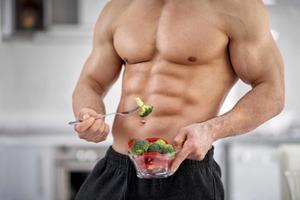 結局、脂質と糖質はどっちが太るのか