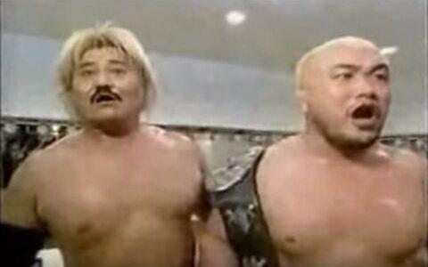 【悲報】新日本プロレスさん、終わる 報酬の缶ビール2本が無くてタッグチャンピオン激昂
