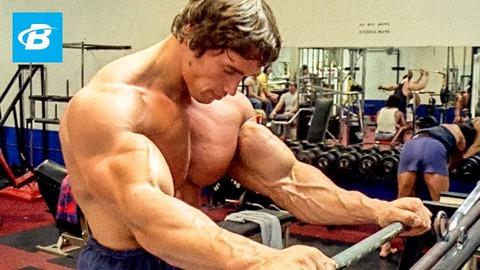 ボディビルダー「ボディビルダーの筋肉は才能のある人間が不断の努力と筋トレをした結果やっと手に入る選ばれし筋肉なんです!」