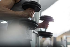 ある程度重い重量を使えるレベルで追い込みテクも上達してたら休み長い方が良かったりするよね