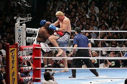 【朗報】格闘家チェ・ホンマンさん、勝つ