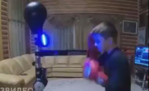 【衝撃】子供ボクサー、とんでもない反応をするwwwwww