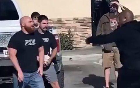 【動画】ラッパーのWack 100さん、喧嘩で二人を返り討ちに