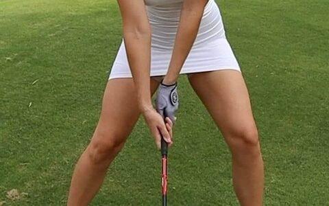 【悲報】アメリカの女子プロゴルファーさん、エチエチすぎて批判殺到wwww