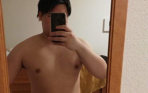 【画像】183cm110㎏の俺の身体がこちらwwwwwwwww