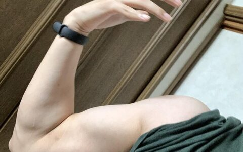 男ならこれぐらいの筋肉はいるだろwwwwwww