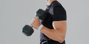肩と腕は、家のダンベルや自重でもデカくなるっしょ?