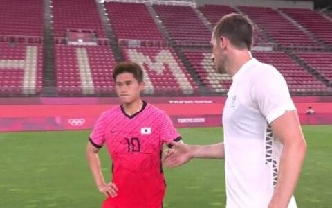 【悲報】韓国選手が敗戦で握手拒否、中国ネット「韓国人のスポーツ精神はこんなもん」「それでこそ韓国選手の風格」