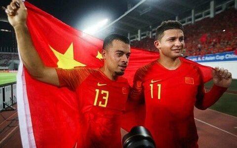 【最強】サッカー中国代表、帰化選手が11人になってしまうw