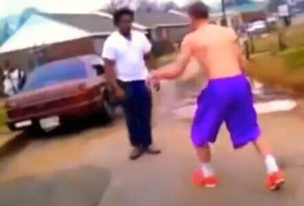 ボクシング無敗の最強世界チャンピオンが格闘技素人の黒人デブと喧嘩した結果wwww【画像あり】
